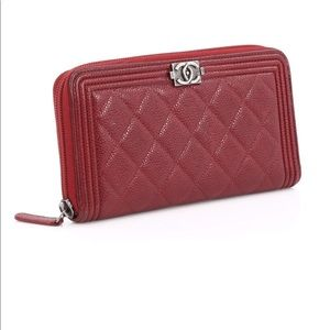 Chanel Boy quilted caviar wallet